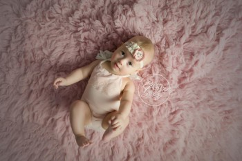 Cleveland Baby Photographer | Abby 6 Months