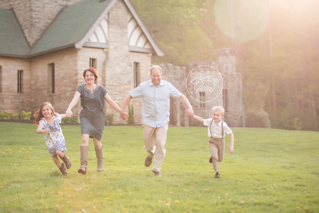 Willoughby Hills Family Photographer | The Skillman Family